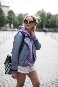 black-palms-leatherjacket-hm-loavies-one-teaspoon-shorts-fashionblog-balenciaga-10-von-13