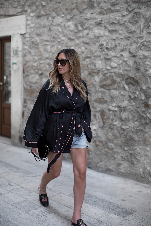 black-palms-streetstyle-pyjama-style-gucci-pincetown-pandora-11