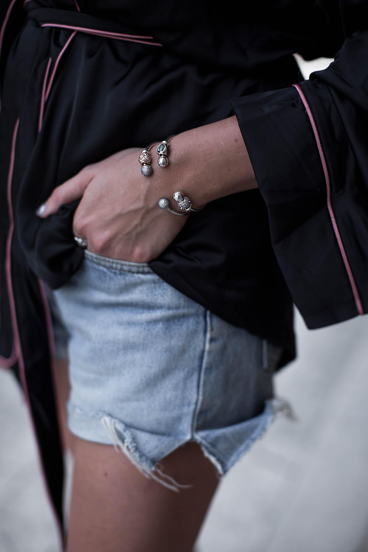 black-palms-streetstyle-pyjama-style-gucci-pincetown-pandora-7