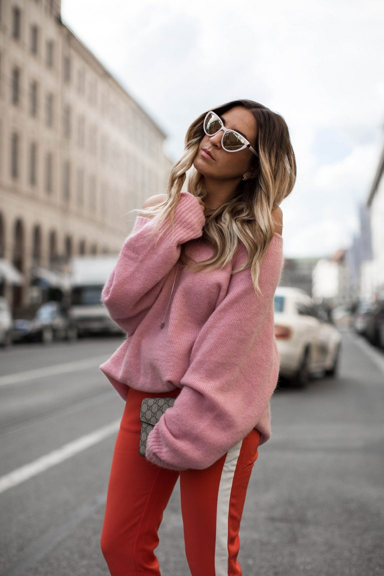 black-palms-streetstyle-edited-red-pink-rot-rosa-oversize-layering-gucci-3-768x1152