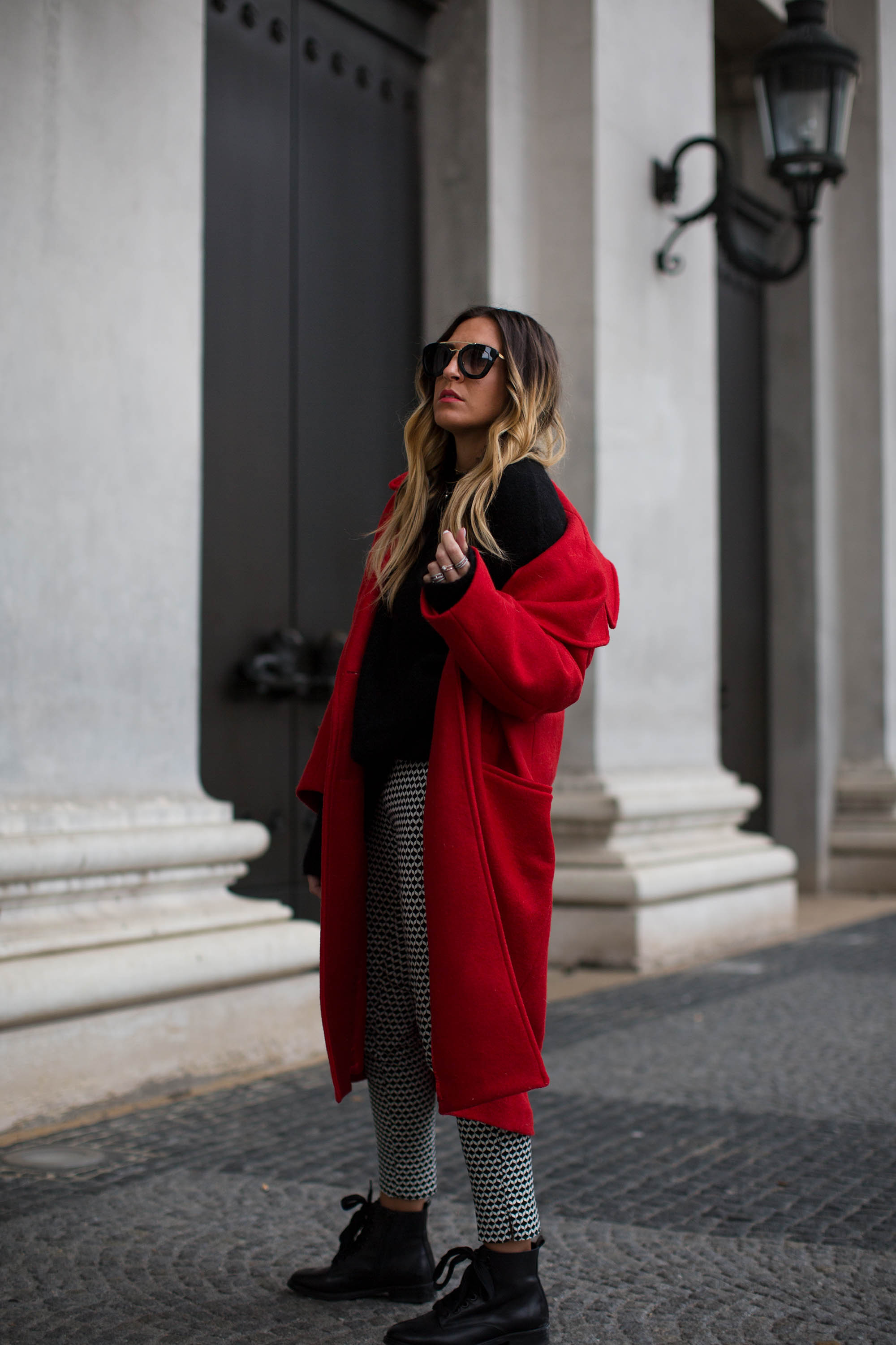 black-palms-hm-roter-mantel-boots-edited-streestyle-fashionblog-3