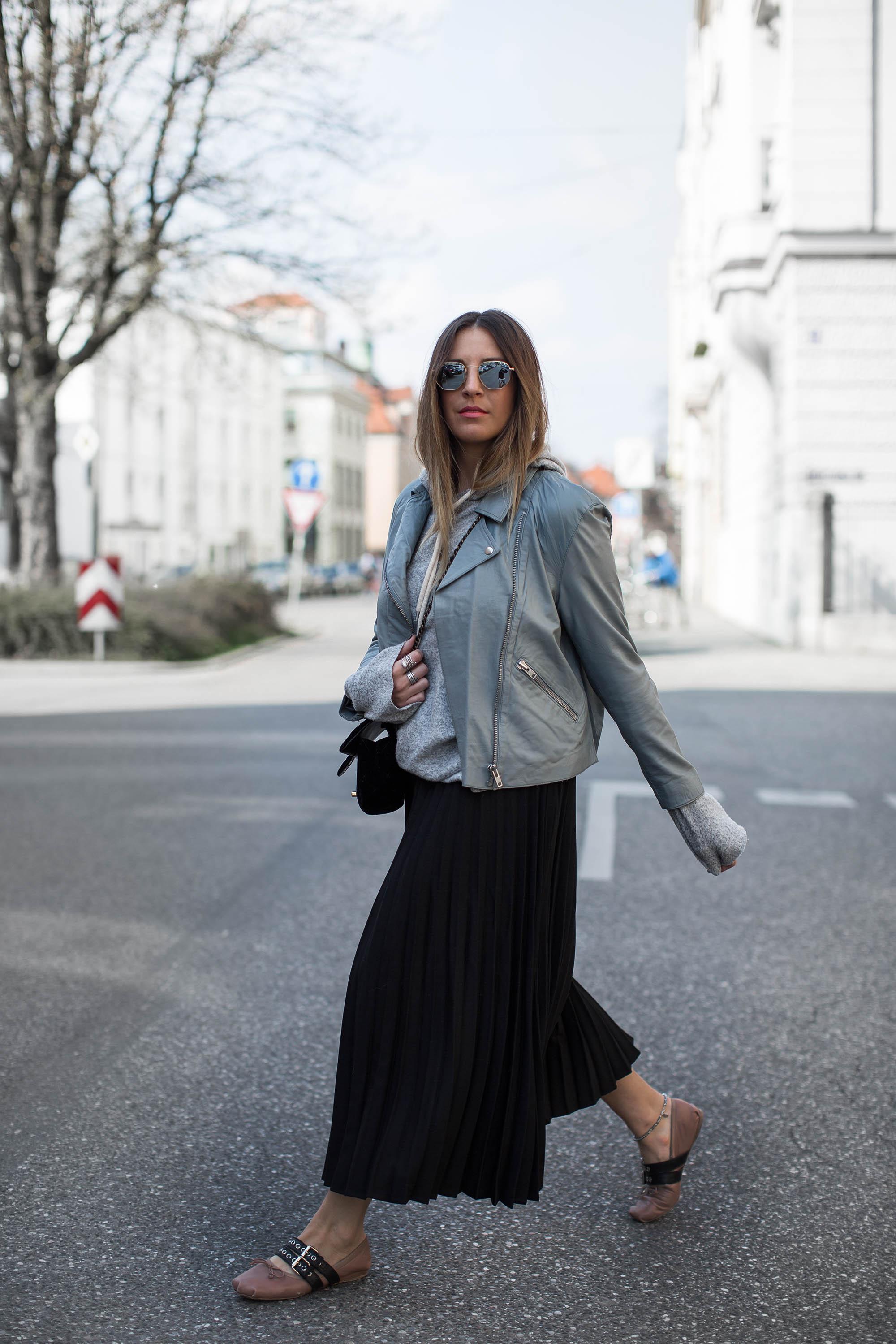 black-palms-asos-miumiu-chanel-leatherjacket-stilbruch-fashionblog-streetstyle-8-von-12