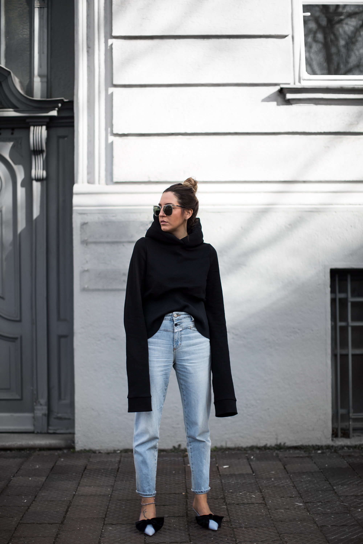black-palms-long-big-sleeves-style-com-streetstyle-fashionblog-closed-vetements-9