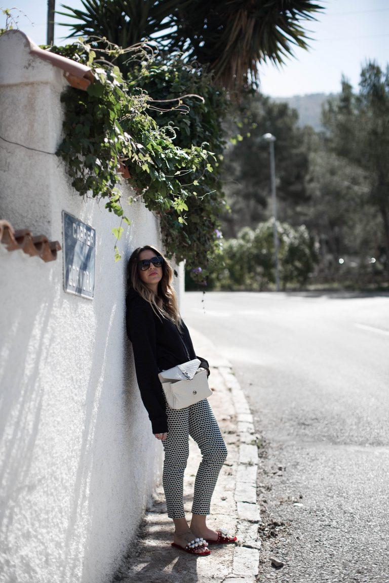 black-palms-saint-laurent-travelblog-fashionblog-hm-miumiu-streetstyle-3-von-13-768x1152