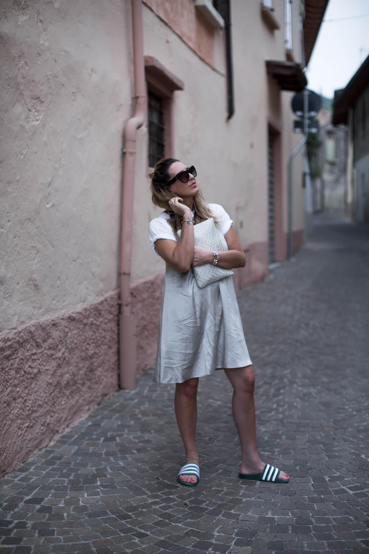 black-palms-streetstyle-layering-silk-dress-adiletten-summerdress