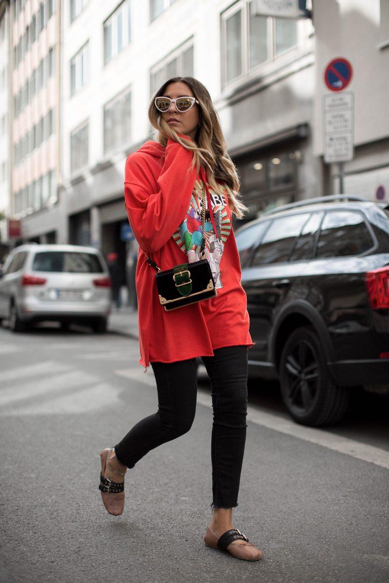 black-palms-streetstyle-miu-miu-ballerina-blogger-fashionblog-5-768x1152