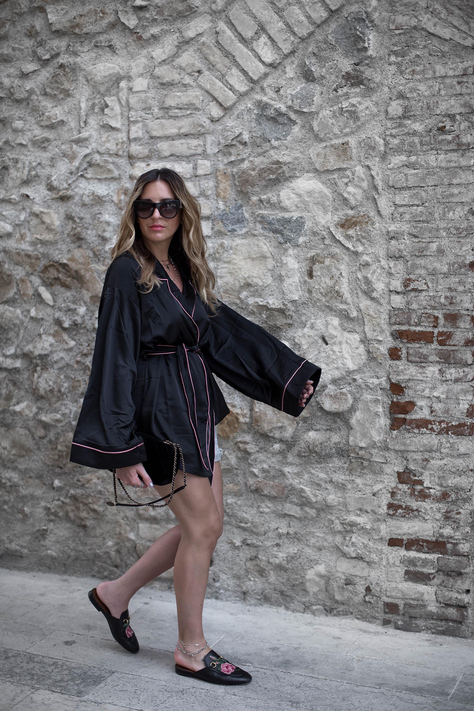 black-palms-streetstyle-pyjama-style-gucci-pincetown-pandora-10